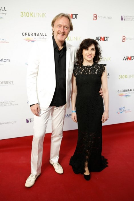 opernball-nuernberg-2018-red-carpet-21