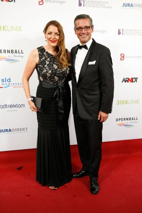 opernball-nuernberg-2018-red-carpet-31