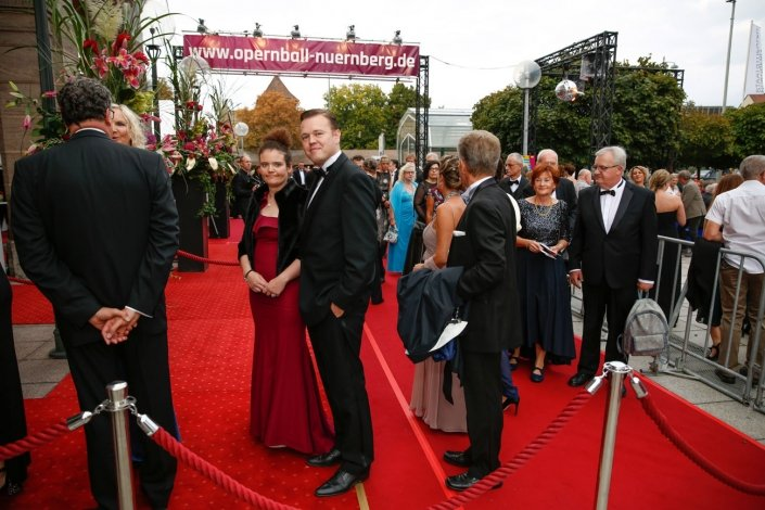 opernball-nuernberg-2018-red-carpet-5