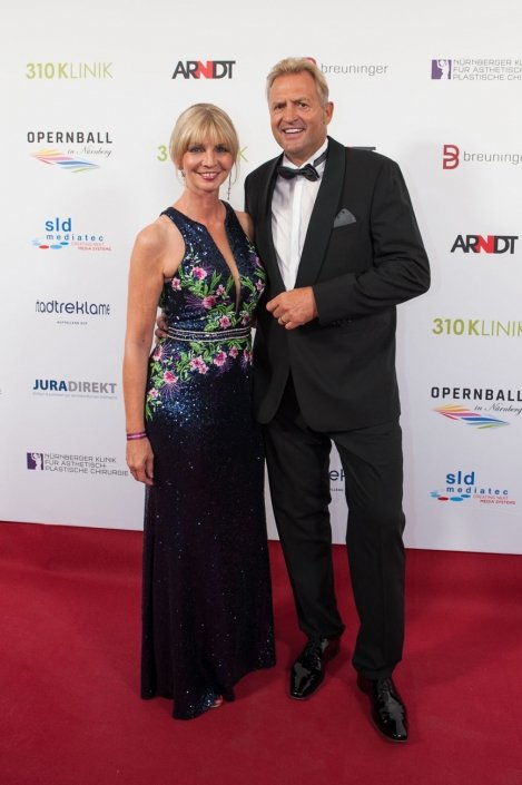 opernball-nuernberg-2018-red-carpet-86